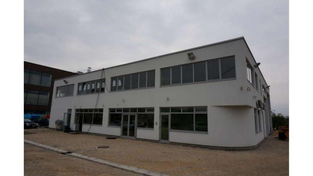 Poslovna Zgrada Halilovici
