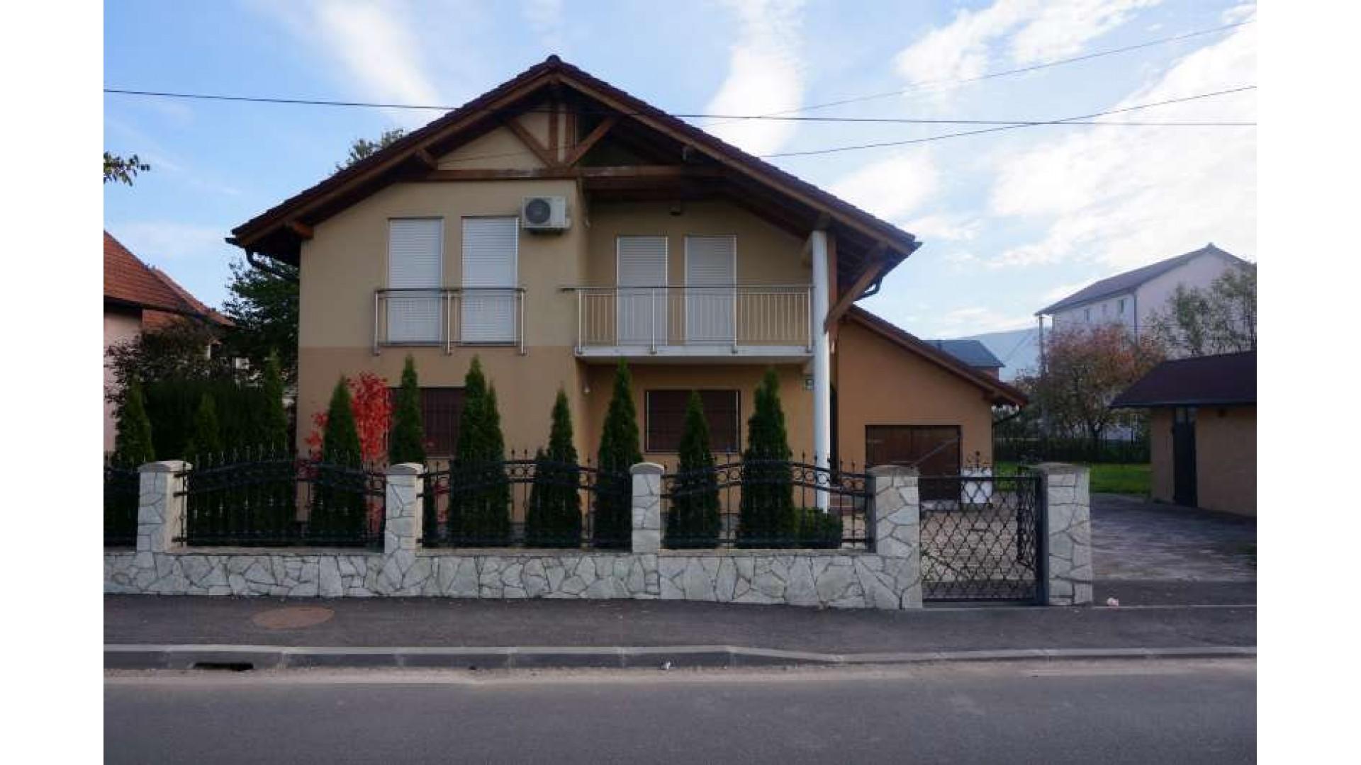 Kuća s baštom na Ilidži