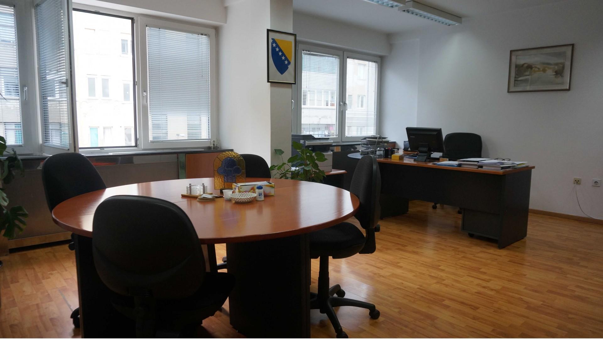Poslovni prostor u Centru 52m2