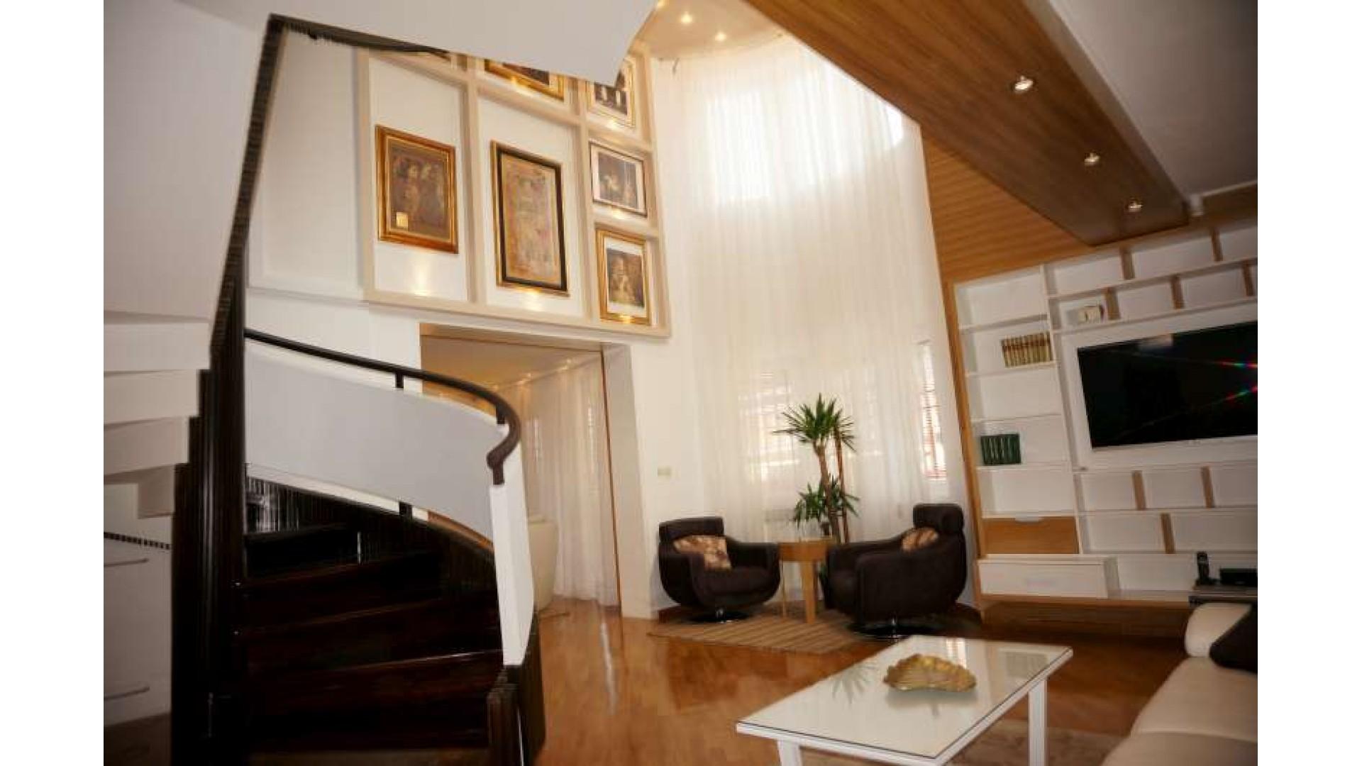 Luksuzna vila u Centru