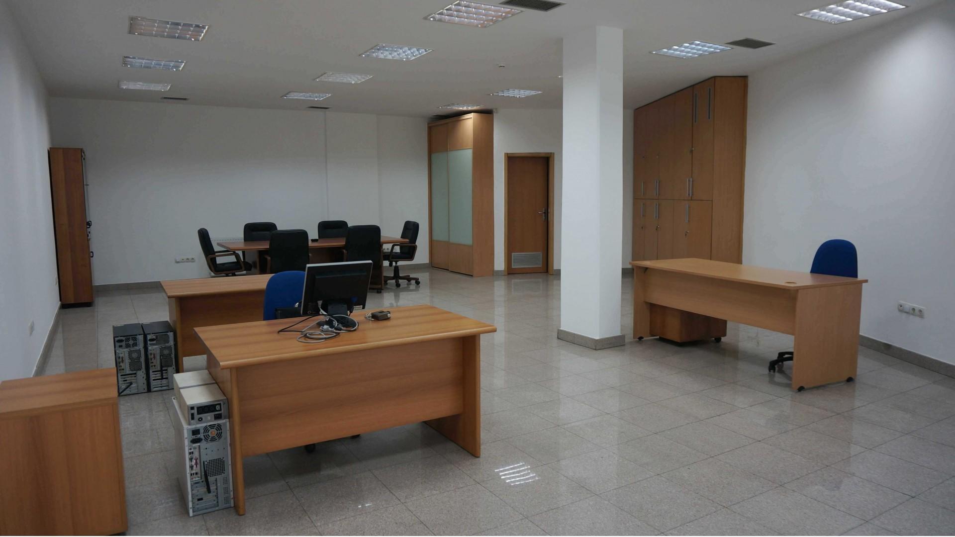 Poslovni prostor u centru grada 88 m2