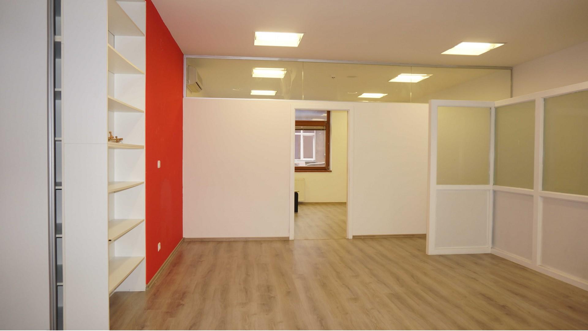 Poslovni prostor/ Centar/ 138m2