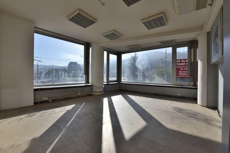 Poslovni prostor/ Centar/ 321 m2