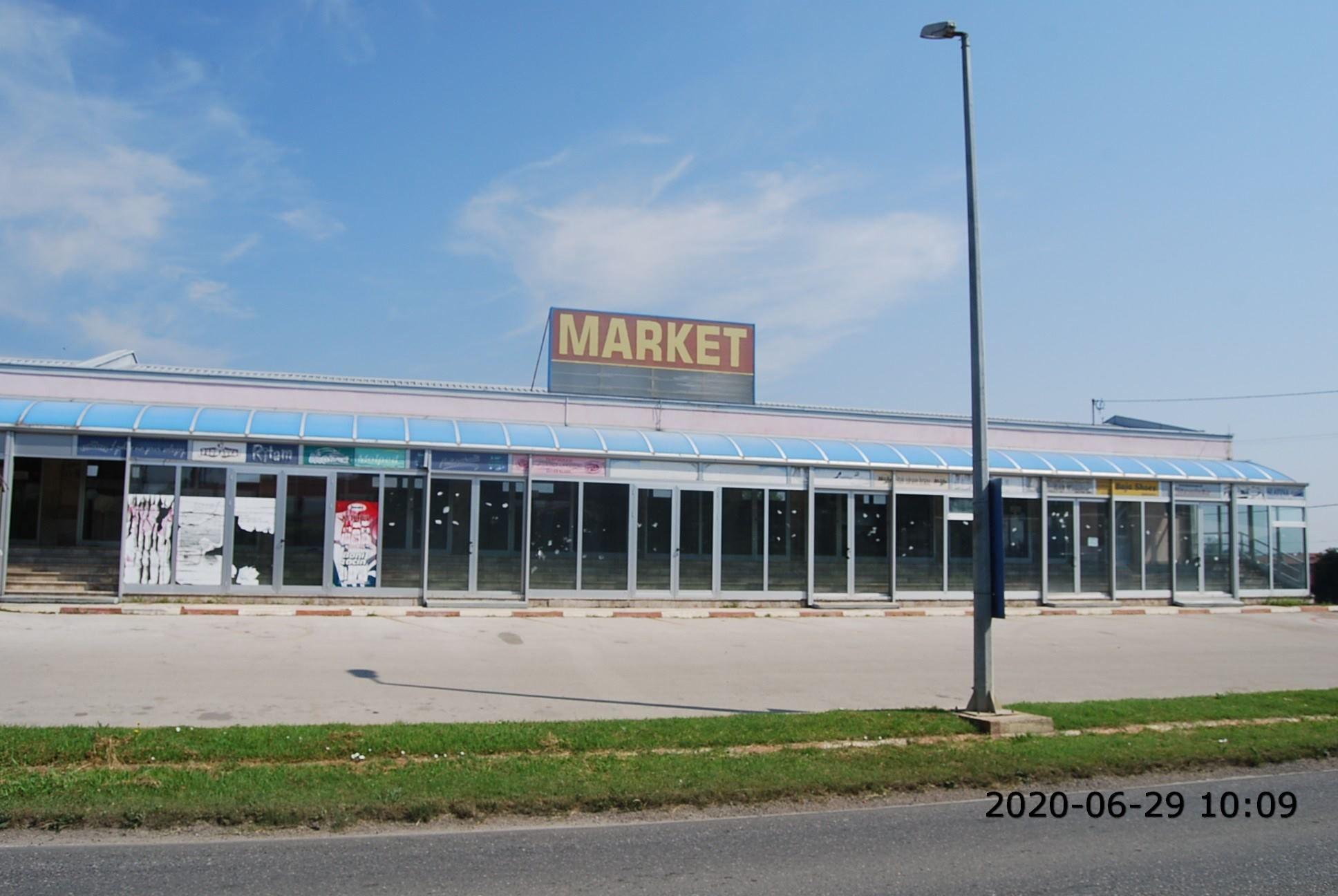 Poslovni objekat/ Šamac/ 813 m2