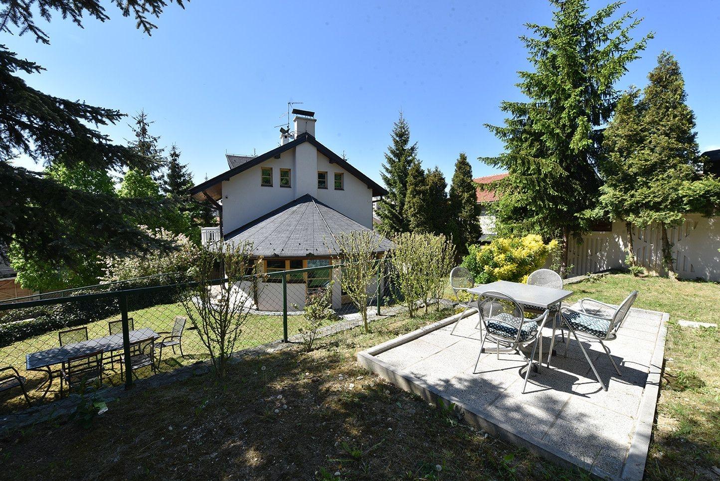 Luksuzna kuća/ Mojmilo/ 330 m2