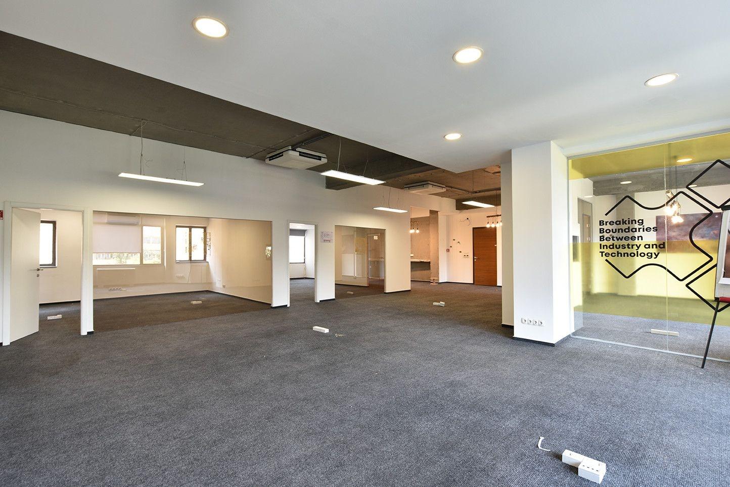 Poslovni prostor/ Centar/ 282 m2